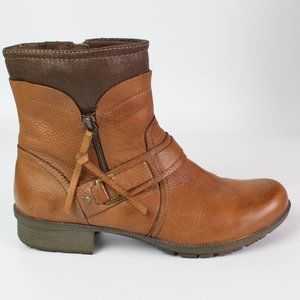 Clarks Riddle Avant brown leather ankle boot moto